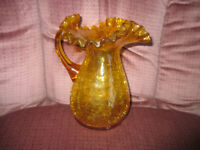 """HAND BLOWN AMBER CRACKLE GLASS PITCHER VASE W AMBER APPLIED HANDLE 6 1/2"""" TALL"""