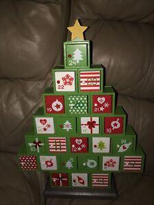 Christmas Tree Wooden Advent Calendar Doors Gifts Chocolates Presents Holidays