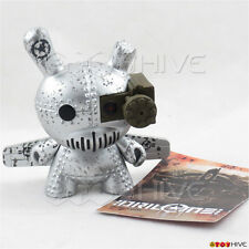 Kidrobot Dunny Art of War 2014 Drilone tank destoryer silver - vinyl 3-inch