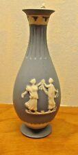 beautiful vintage blue wedgewood bud vase