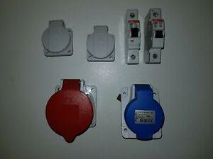 4Stk. Steckdosen und 2Sicherungsautomaten (siehe Bilder und Beschreibung)