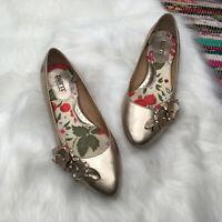 Born Womens Metallic Ballet Flats US 9 M Gold Slip On Floral Pointed Toe B34815