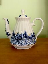 VINTAGE LOMONOSOV RUSSIAN TEAPOT, BLUE AND WHITE WITH GOLD ACCENTS