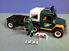 (K45) playmobil voiture 4x4 chasseur maison dans la forêt 42064207