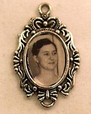 Dollhouse Miniature Framed vintage portrait 1:12 art for walls (T-5241)