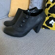 Ladies Orchard Button Detail Ankle Boots Size 3
