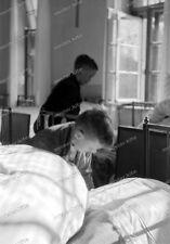 Negativ-Süd-Hochland-Lager-Königsdorf-Boy-Junge-knabe-Jugend-Betten machen-2