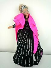 1998 HAPPY HOLIDAYS CHRISTMAS BARBIE DOLL SPECIAL EDITION BLACK AND PINK GOWN
