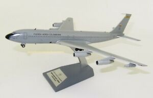1:200 INF200 Colombia - Air Force Boeing 707-300 FAC1201 With Stand