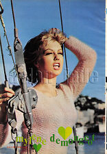 1966, Mylene Demongeot / Claudia Cardinale Japan Vintage Clippings 3sc11