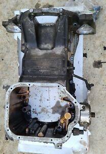 2003 - 2006 Nissan 350z Infiniti G35 VQ35DE Upper Oil Pan + bolts 11110-AC70A