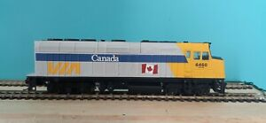 HO Walthers Via Rail F40PH Dummy Unit  (Read more Bellow)