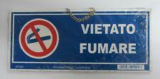 Placa señalización Prohibido humo de plástico azul 10x23 cm con cadena
