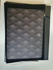 Dunhill Cadogan Zip Folio Case