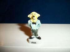 DUCKWORTH BUTLER Mini Figurine DUCK TALES Porcelain Tiny FEVES Miniature Figure