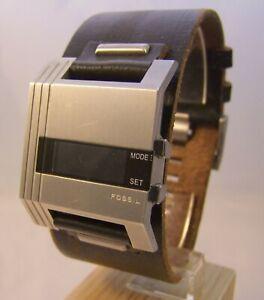 Armbanduhr Herrenuhr Digitaluhr von Fossil in Edelstahl ***