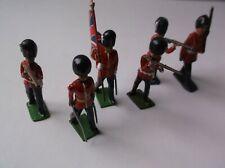 BRITISH GUARDSMEN TOY LEAD SOLDIERS.