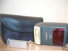 MINOLTA VECTIS SF-1 SHOE MOUNT FLASH WITH ORIGINAL MINOLTA CASE (12F12)