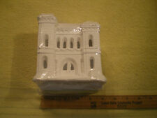 California Creations Creative Crafts Christmas Village POST OFFICE SE 185 FR/SHP