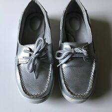 Croft & Barrow Women's Boat Shoes Moccasins Flats Slip On Silver Leather 8 M