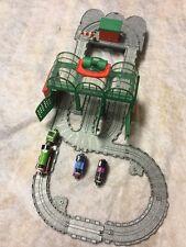 Thomas & Friends Take N Play knapford estación y pista de juego + 3 nuevos motores