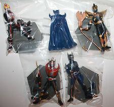 Masked Rider Kamen Figures x 4 2003 Japan Bandai Snap Together on Pedestal