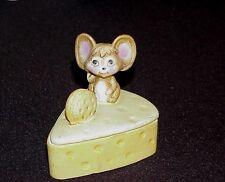 Trinket Box Wedge of Cheese Googe Eyed Mouse on Top w/Cracker Vintage So Sweet