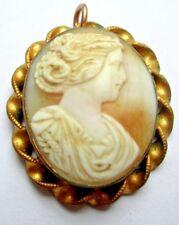 Camée ancien véritable nacre pendentif couleur or bijou vintage 5077