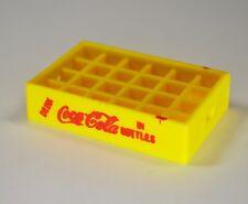 Coca-Cola Träger Kasten Halter für miniatur Flaschen USA Mini Bottle Crate gelb