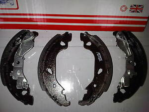 FIAT PUNTO MK2 1.1 1.2 & 1.3 JTD BRAND NEW REAR BRAKE SHOES 1999-05 (WITH +ABS)