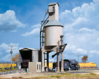 Walthers -HO-#3042    Concrete Coaling Tower - Kit