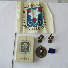 LOT PIN'S MEDAILLE JO GRENOBLE 1968 JEUX OLYMPIQUES OLYMPIC GAMES BADGE OLYMPIA