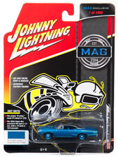 Johnny Lightning 1970 Dodge Super Bee (MAG Exclusive) 1:64 Scale Diecast