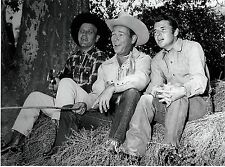 RARE STILL AUDIE MURPHY WESTERN OFF CAMERA WITH ROY ROGERS