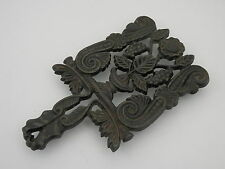 "Vintage Virginia Metalcasters 8"" Cast Iron Footed Grape Trivet 9-2"