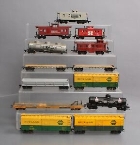 HO Assorted Freight Car Lot [14]