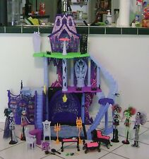 Monster High Mansion Haunted House