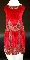 ART DECO SPECTACULAR DRESS. CRIMSON SILK VELVET. SPAIN. CIRCA 1920.