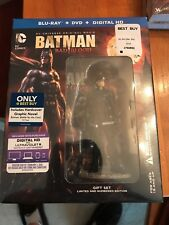 BEST BUY EXCLUSIVE! BATMAN BAD BLOOD + HARD COVER COMIC W/ NIGHTWING FIGURINE