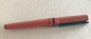WATERMAN STYLO PLUME PLASTIQUE ROSE ET BLEU REF64435