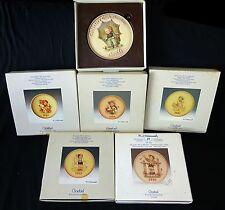 6x Vtg Goebel Mixed Lot Collectors Plates '85/'86/'8 7/'88/'95 & Plaque '78 (Coc)