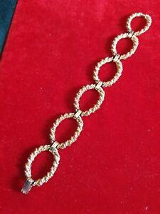 Vintage Trifari Oval Gold Tone Bracelet