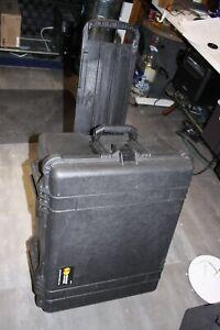 Pelican 1610 Protector Case Hard Wheeled Rolling Travel Case w/Foam*
