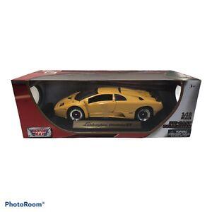 New in box 1:18 Motor max Lamborghini Diablo GT yellow same day shipping NICE