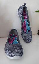 Skechers Women Slip-On Shoes Summer walking 8.5 memory foam New