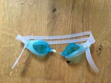 hellblaue Schwimmbrille für Kinder