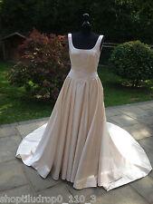 Beautiful Vintage Cream Satin Wedding Dress with Train Size 10