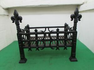 Antique Cast Iron Fire Grate, Flat-packed For Post