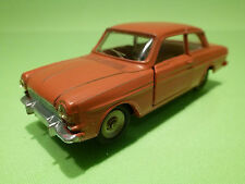 DINKY TOYS  1:43  FORD TAUNUS 12M   NO= 538   - IN NEAR MINT  CONDITION