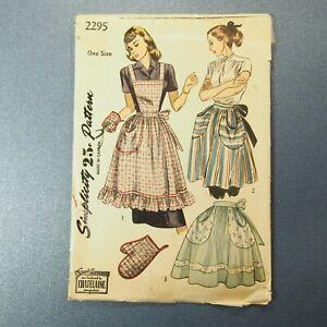 Vintage 1948 Unprinted Simplicity Full Apron, Half Apron, Oven Mitt Pattern 2295